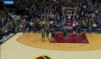Celtics stun Cavs on Bradley's trey at buzzer