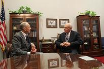 Grassley Meets with DHS Nominee General John Kelly