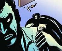 Panic in New Alipore neighbourhood after robbing of an octogenarian