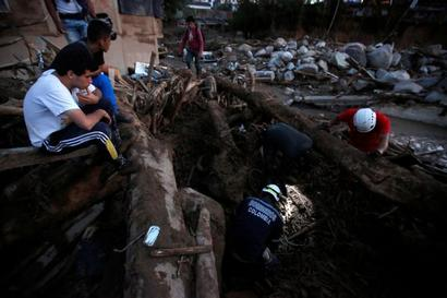 Over 200 killed in Colombia mudslide; rescue efforts on