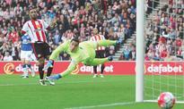Sunderland thrash Everton to relegate Norwich, Newcastle