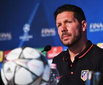 Argentina to approach Diego Simeone over part-time role as new national team boss
