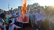 CM Naveen Patnaik holds river meet minus Congress, BJP