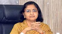 Contempt petition filed against Veenu Gupta