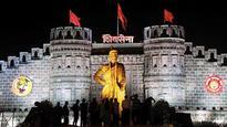 Shiv Sena Chief demands umbrella over Shivaji Statue