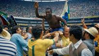 Pele to auction 2000 memorabilia items