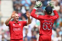 England thrash South Africa to reach Champions Trophy final