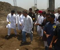 Rahul visits Deonar ground, slams Modi over Swachch Bharat