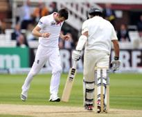 Anderson 'most skilful in world' - Saker