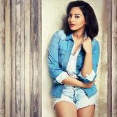 Sonakshi Sinha does it again! Tricks paparazzi to avoid being clicked with beau Bunty Sajdeh
