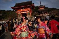 Japan to issue 10-year multi-entry visas for Chinese