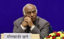 Sonia drafts Kharge to pacify dalits