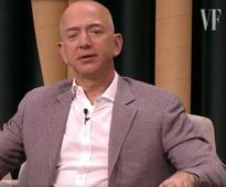 Jeff Bezos Slams Trump, Defends GOP Nominee's Controversial Billionaire Donor