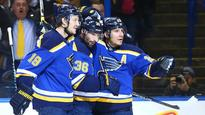 Blues rout Stars to take series lead