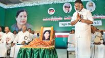 Chair used by Jayalalithaa brought to party meet