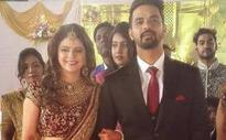 In pics: 'Kusum' actress Rucha Gujarati gets married