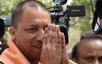 Yogi Adityanath makes surprise visit to Hazratganj station, says police should be people friendly