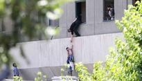 At least 12 killed in Daesh attacks in Tehran. Iranians blame Saudis