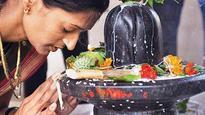 Mumbai devotees ready themselves for Mahashivratri