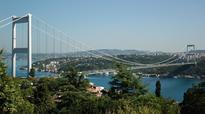 Turkey earns over $318M in bridge, highway tolls