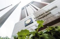 Singapore central bank cracks  down on money laundering