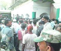 Priest shot dead in Sheohar