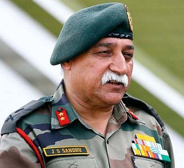 Lt Gen J S Sandhu takes charge of Chinar Corps, which guards LoC