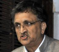 India weighed down by 3 Cs: Ramachandra Guha