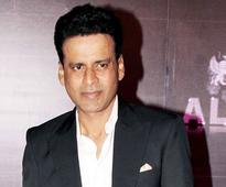 Manoj Bajpayee to Host Special Screening of 'Traffic' for Salman, Shah Rukh, Aamir Khan