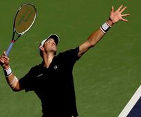 Isner cashes in on 24 aces to drive out Kudla at US clay court tennis