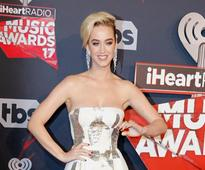 Women need to unite to make world a better place: Katy Perry