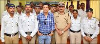 Manoj Bajpayee gifts Reflective Jackets to the Mumbai Police Traffic department