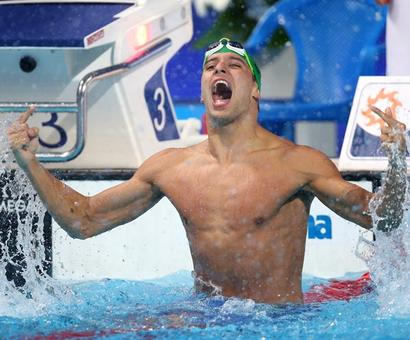 South African swimmer Le Clos plays mind games with champion Phelps