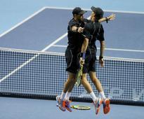 Australian Open: Bryan brothers storm into finals