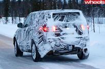 2017 Land Rover Discovery 5 spy pics