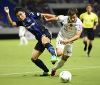 Gamba overpower Sanfrecce to reach League Cup semifinals