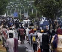 Pakistan to crack down on anti-govt protestors