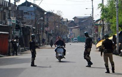 Kashmir needs a calming hand, not jingoist media