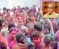 President calls for sharing joy with needy on Holi