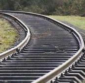 10 cracks on tracks near Niphad & Ghoti