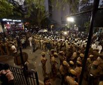 LIVE: Jayalalithaa dead, Modi arrives in Chennai; politicians across India express grief