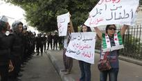 Why hasn't Egypt taken a clear stance on Syria?