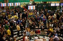 CORRECTED-UPDATE 2-Oil traders prepare fond farewells to Yahoo Messenger